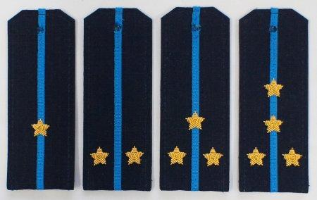 Погоны на офисную форму на пластике рип-стоп с вышитыми звездами.